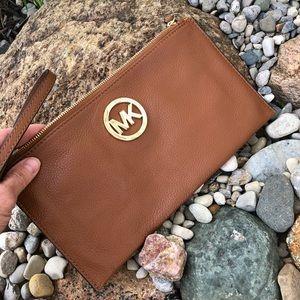 Handbags - Michael Kors All Leather Brown wristlet!